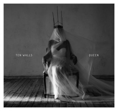 Ten Walls - Queen